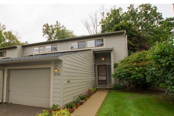 626 Watersedge Ann Arbor, MI 48105