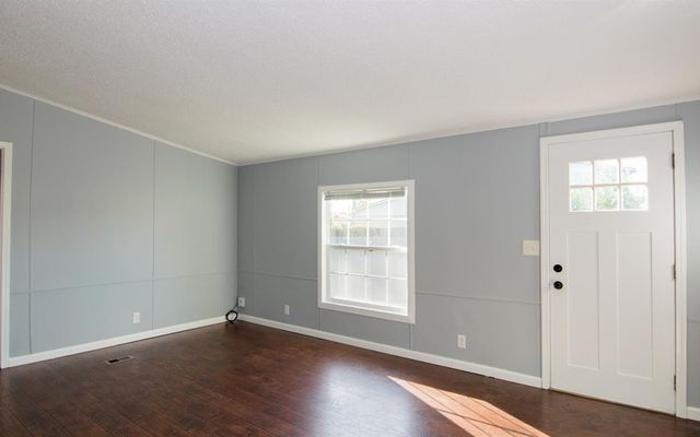 46 Campbell Avenue - photo 1