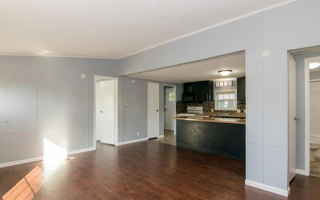 46 Campbell Avenue - photo 2
