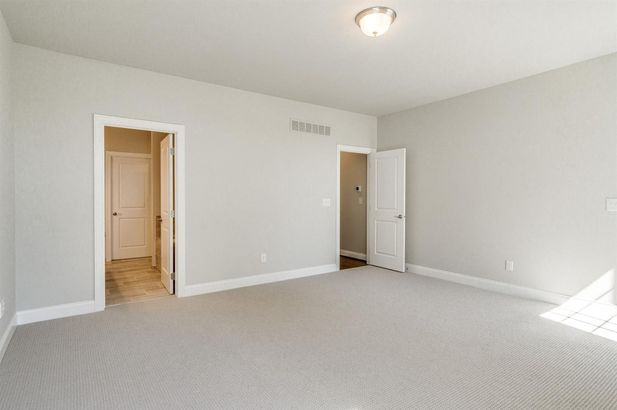 2609 Oxford Circle - Photo 17