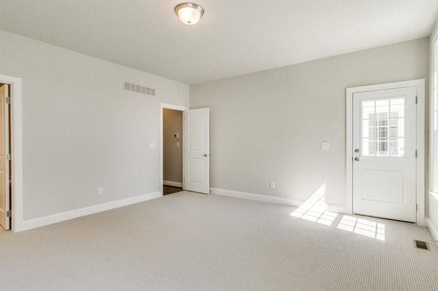 2609 Oxford Circle - Photo 18