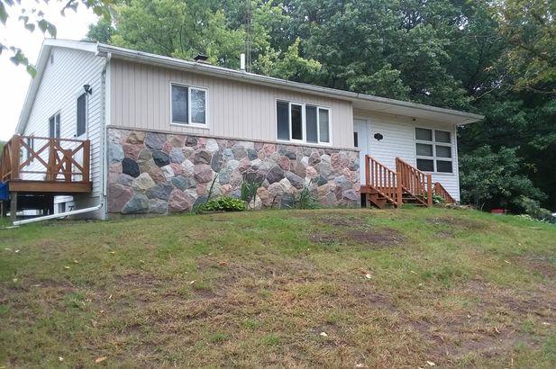 615 Brown Grass Lake MI 49240
