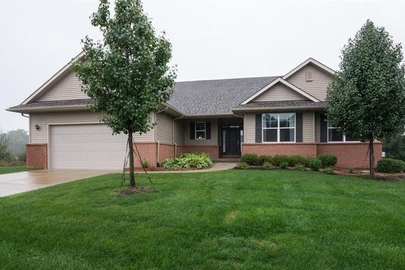 5586 Point Pelee Court Hamburg, MI 48189