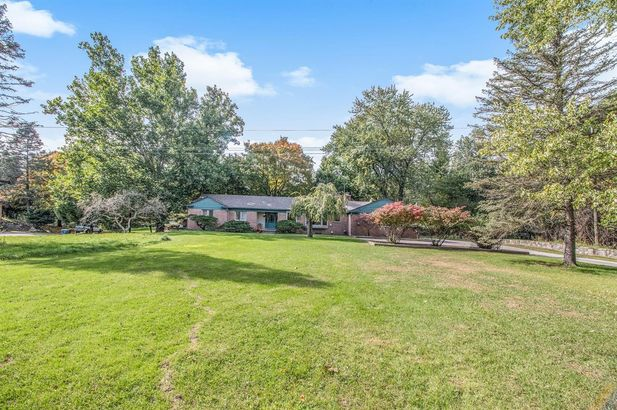 2865 Gale Road - Photo 32