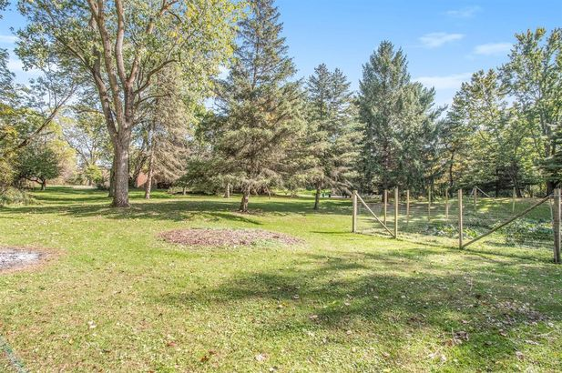 2865 Gale Road - Photo 35