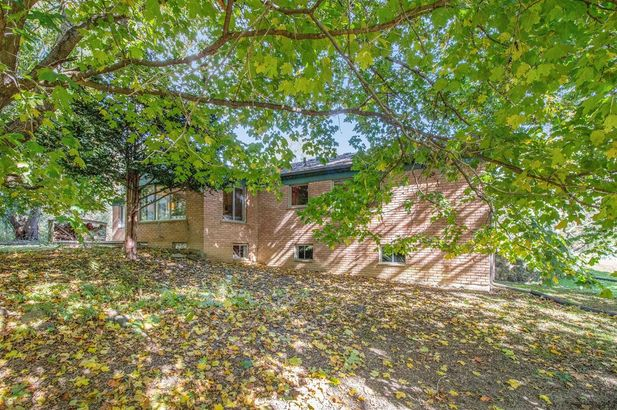 2865 Gale Road - Photo 36