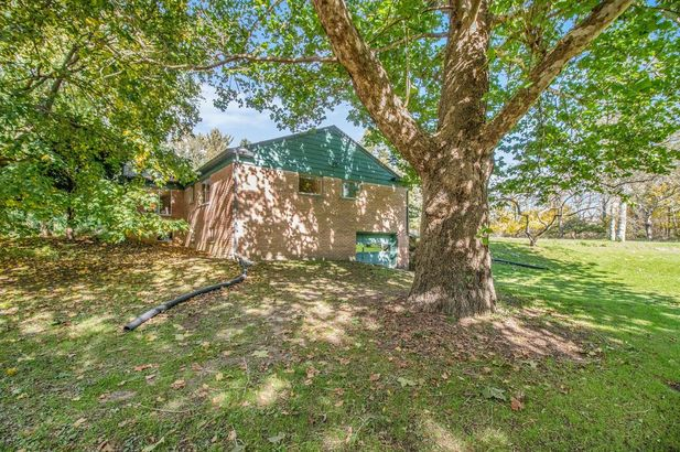2865 Gale Road - Photo 37
