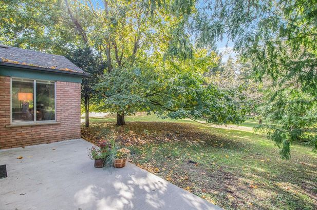 2865 Gale Road - Photo 38