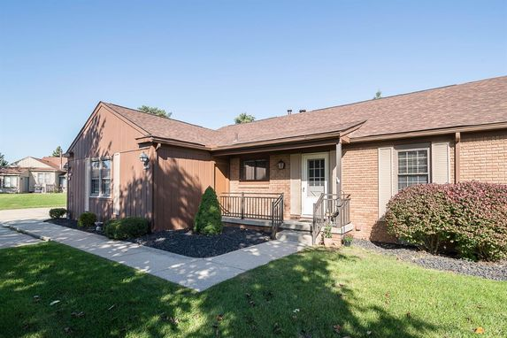 12241 Cambridge Boulevard South Lyon, MI 48178