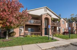 9624 Sawgrass Court #3 Belleville, MI 48111 Photo 3