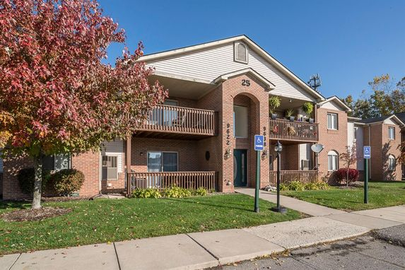 9624 Sawgrass Court #3 Belleville, MI 48111