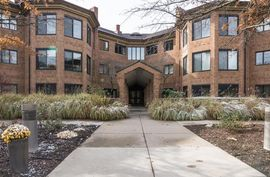 2115 Nature Cove Court #308 Ann Arbor, MI 48104 Photo 3
