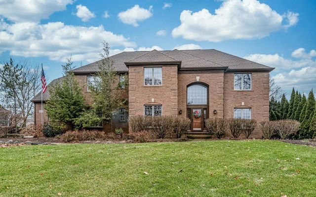 5003 Oak Tree Court Ann Arbor, MI 48108