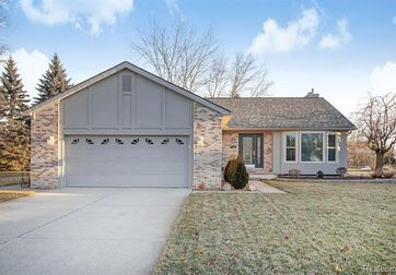 776 SIBLEY Court Wixom, Mi 48393 - Image 1