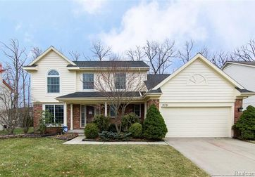 375 CHERRY GROVE Lane Commerce Twp, Mi 48390 - Image 1
