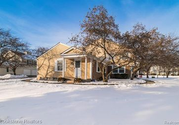 1417 HARBOR Drive Walled Lake, Mi 48390 - Image 1
