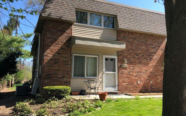 517 Longshore Drive A Ann Arbor, MI 48105