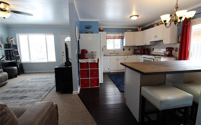 973 Lakeview Street - photo 3