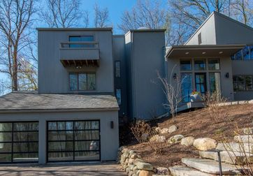192 Riverview Court Ann Arbor, MI 48104 - Image