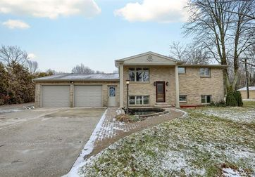 2896 BEACH Road Port Huron, Mi 48060 - Image 1