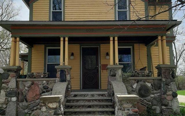 409 W Middle Street Chelsea, MI 48118