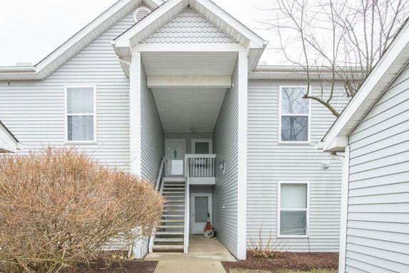 1725 Weatherstone Drive Ann Arbor, MI 48108
