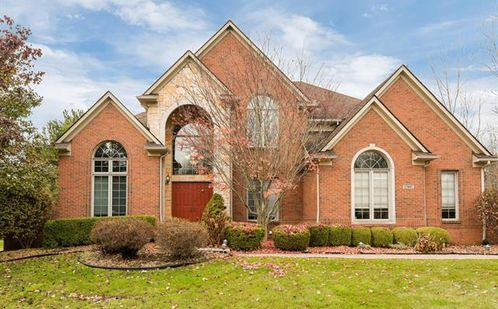 27897 LARSON Lane Farmington Hills, Mi 48331