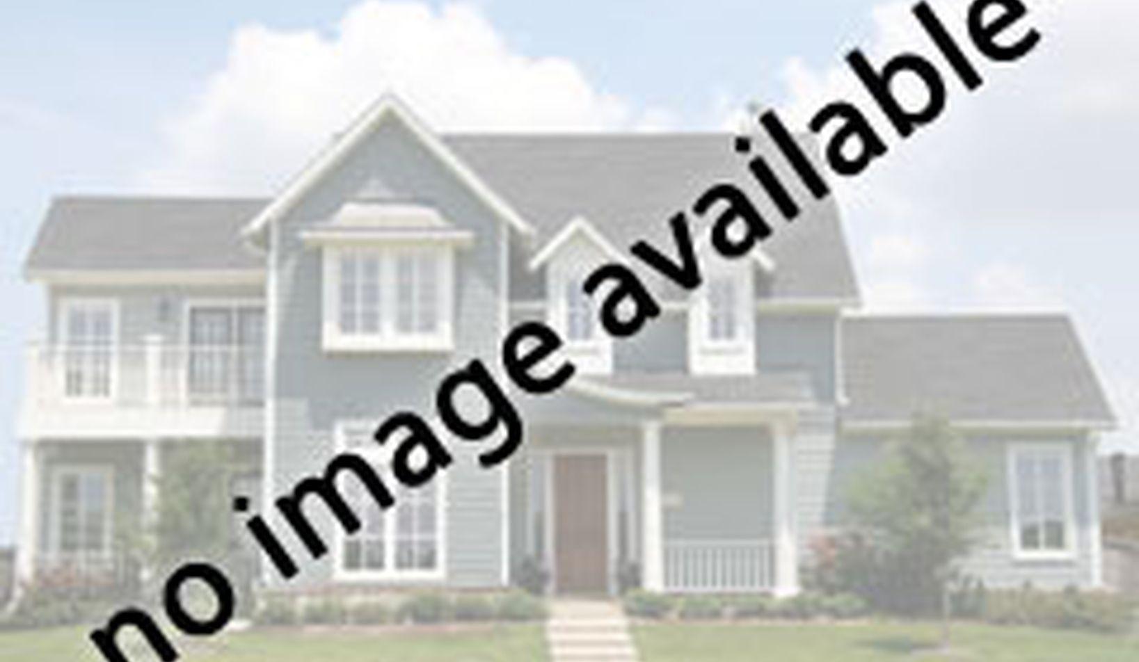 8950 Greenwood Road - Photo 29