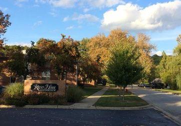 1249 Island Drive #102 Ann Arbor, MI 48105 - Image 1