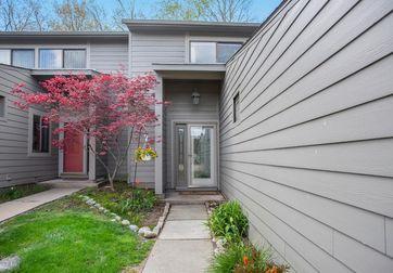 650 Peninsula Court Ann Arbor, MI 48105 - Image