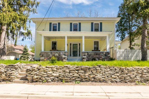 1692 Miller Avenue Ann Arbor, MI 48103