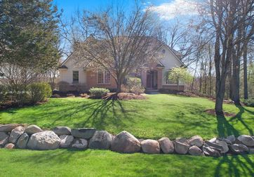 6264 Windemere Point Brighton, MI 48116 - Image