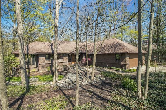 3620 Fox Hunt Drive Ann Arbor, MI 48105