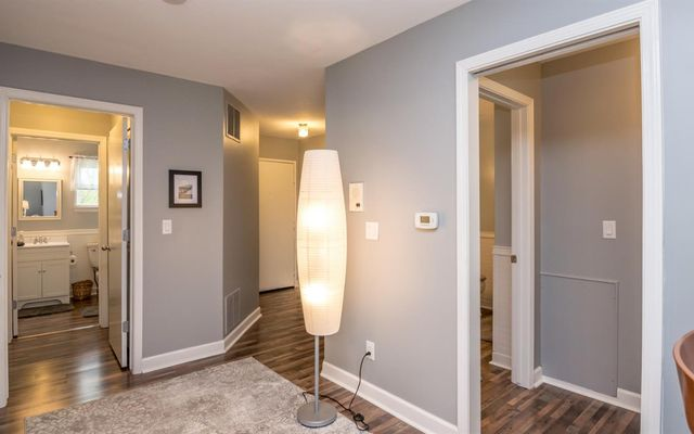 2223 S Huron Pkwy #3 - photo 2