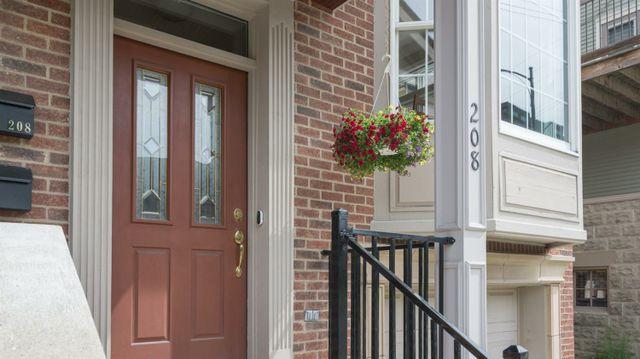 208 W William Street - photo 1