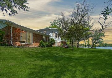 3290 SCHOOLHOUSE Drive Waterford, Mi 48329 - Image 1