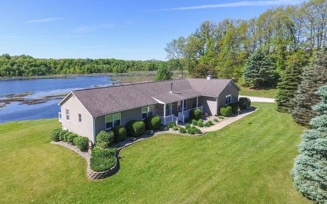 15401 Seymour Road Grass Lake, MI 49240