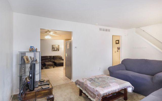 5920 S Ivanhoe Avenue - photo 3