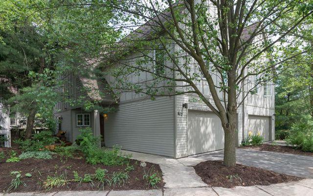 617 Ridgewood Court Ann Arbor, MI 48103