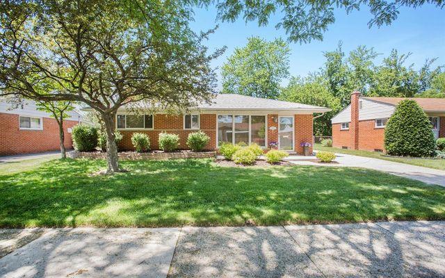 8643 Kinloch Street Dearborn Heights, MI 48127
