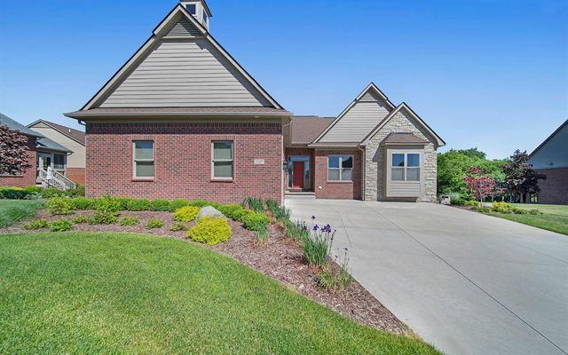 2307 Quaker Ridge Drive Ann Arbor, MI 48108