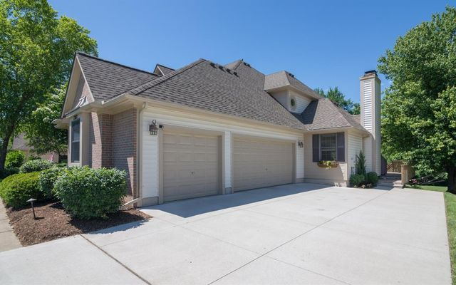 1382 Waterways Drive - photo 2