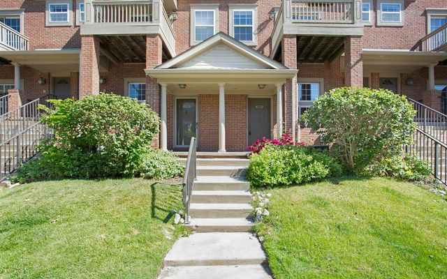 2803 Barclay Way Ann Arbor, MI 48105