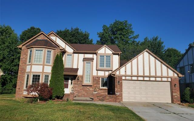 40307 DENBIGH Drive Sterling Heights, Mi 48310