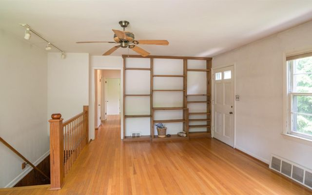 1113 Bydding Road - photo 3