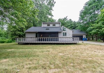 2258 S LONG LAKE Road Fenton, Mi 48430 - Image 1