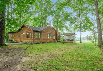 11485 DUNLAVY Lane Whitmore Lake, Mi 48189 - Image 1