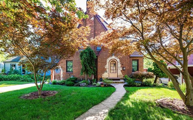 905 Edgewood Place Ann Arbor, MI 48103