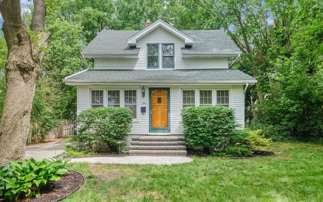 1555 Crestland Street Ann Arbor, MI 48104