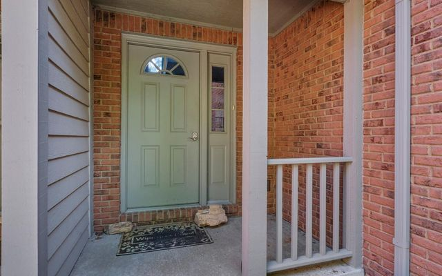 115 Village Place Drive - photo 2